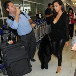 Секс-бомба Ким Кардашян в обтягивающих штанах!