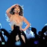 Джей Ло устроила в Москве обнаженные танцы!